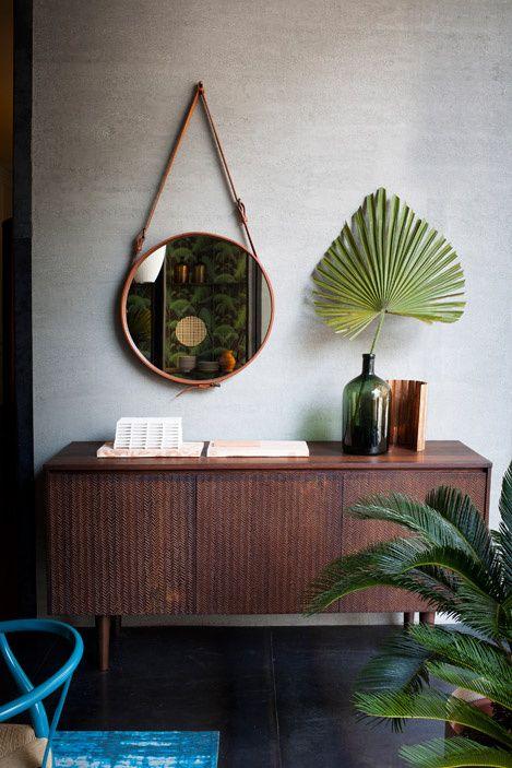 retro møbler og grønne detaljer