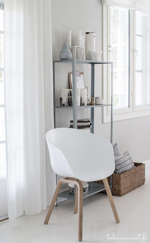 Hay about a chair   20 lekre bilder av designerstolene!