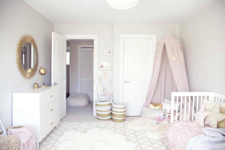 hvitt og rosa jenterom barnerom inspirasjon