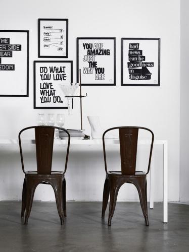 Svarte tolix stoler inspirasjon